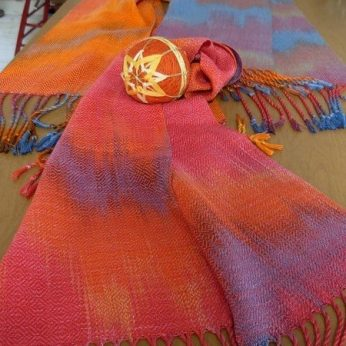 blog-artist-dini-scarves