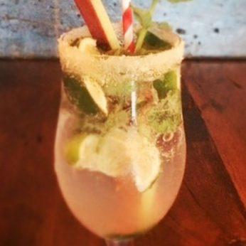 blog-summer-rhubarb-mojito